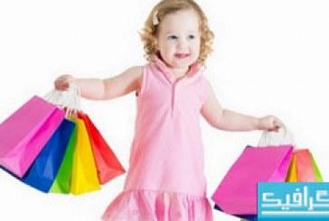 دانلود تصاویر استوک دختر بچه با کیف های رنگی