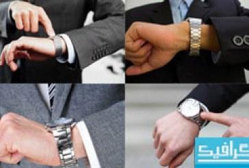 دانلود تصاویر استوک نگاه کردن به ساعت مچی
