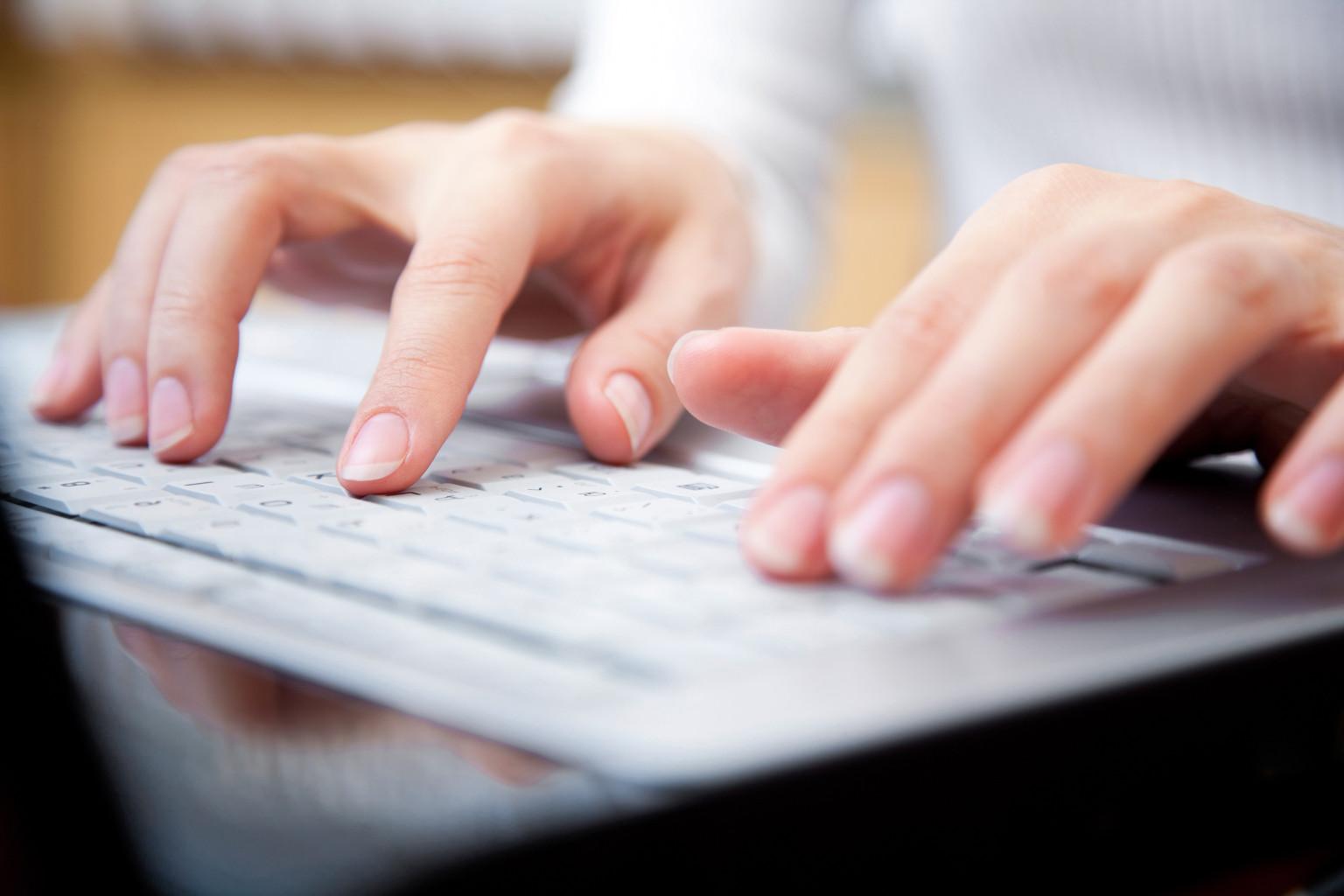 نویسندگی افتخاری مطالب آموزشی سایت فرا گرافیک